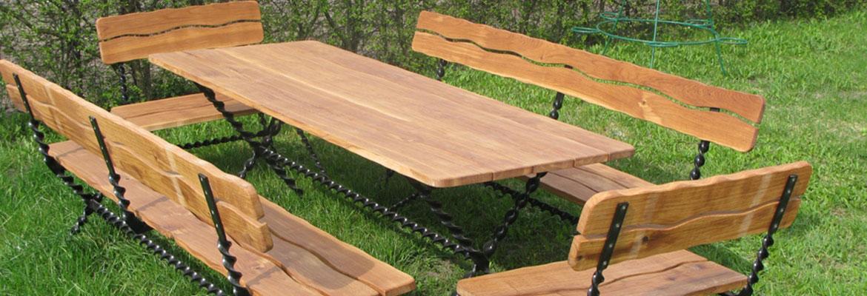 Stalų ir kėdžių komplektavimas